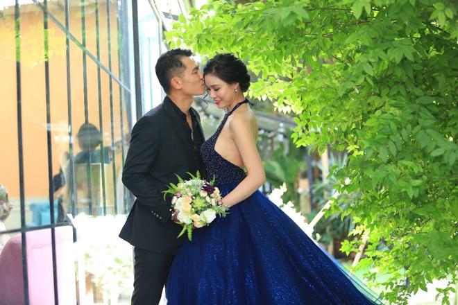 Sau 2 năm, Vân Quang Long khoe ảnh cưới vợ hai kém 10 tuổi - 2