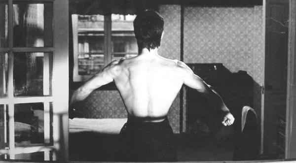 """Lý giải về cơ lưng đẳng cấp """"hình cây thông"""" của Lý Tiểu Long - 7"""