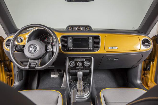Volkswagen Beetle Dune chốt giá 1,469 tỷ đồng ở Việt Nam - 3