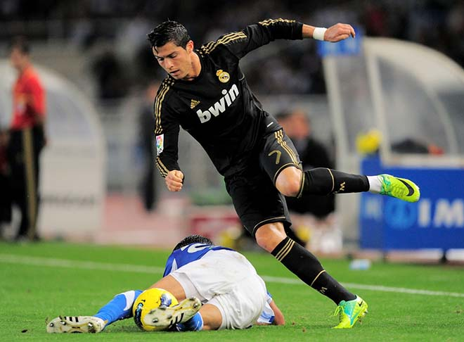 Ronaldo và lời nguyền Anoeta: 6 năm, một kịch bản & tai họa của Real - 1