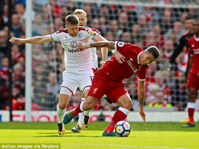 Video, kết quả bóng đá Liverpool - Burnley: Tưng bừng 3 phút 2 bàn thắng