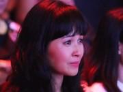 Trang Nhung bật khóc nhìn con gái 9 tuổi diễn cảnh mạo hiểm