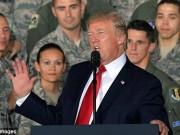 Thế giới - Đứng trước máy bay ném bom, Trump cảnh báo Triều Tiên
