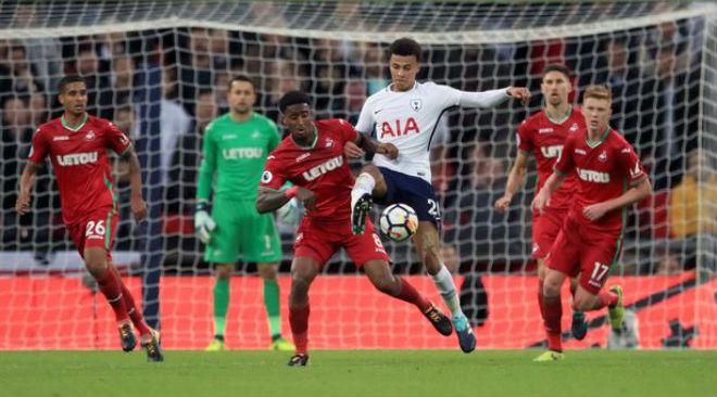 Tottenham - Swansea: Gặp họa từ xà ngang và trọng tài - 2