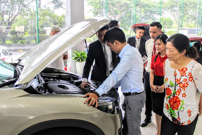 Thị trường ô tô Việt: Bài ca… giảm giá! - 1