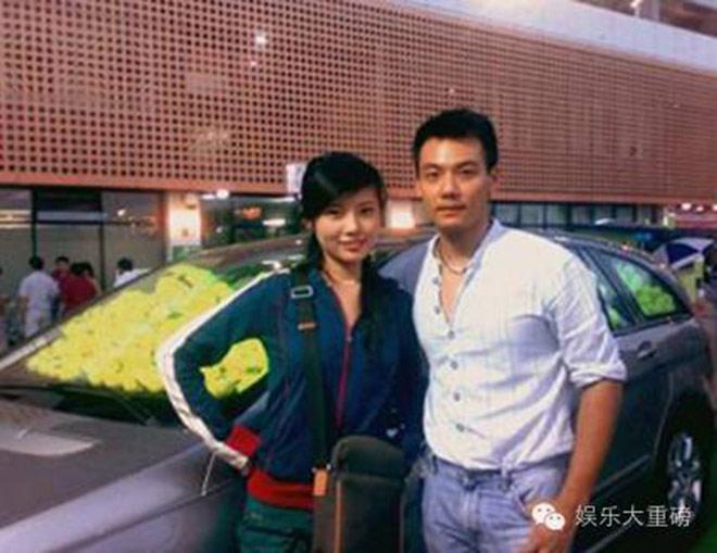 """Mỹ nữ siêu vòng 1 """"lọt mắt xanh"""" của đạo diễn phim 18+ Vương Tinh - 2"""