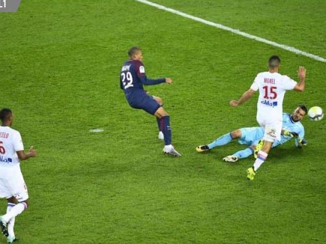 PSG – Lyon: Đôi công máu lửa, phản lưới kì lạ