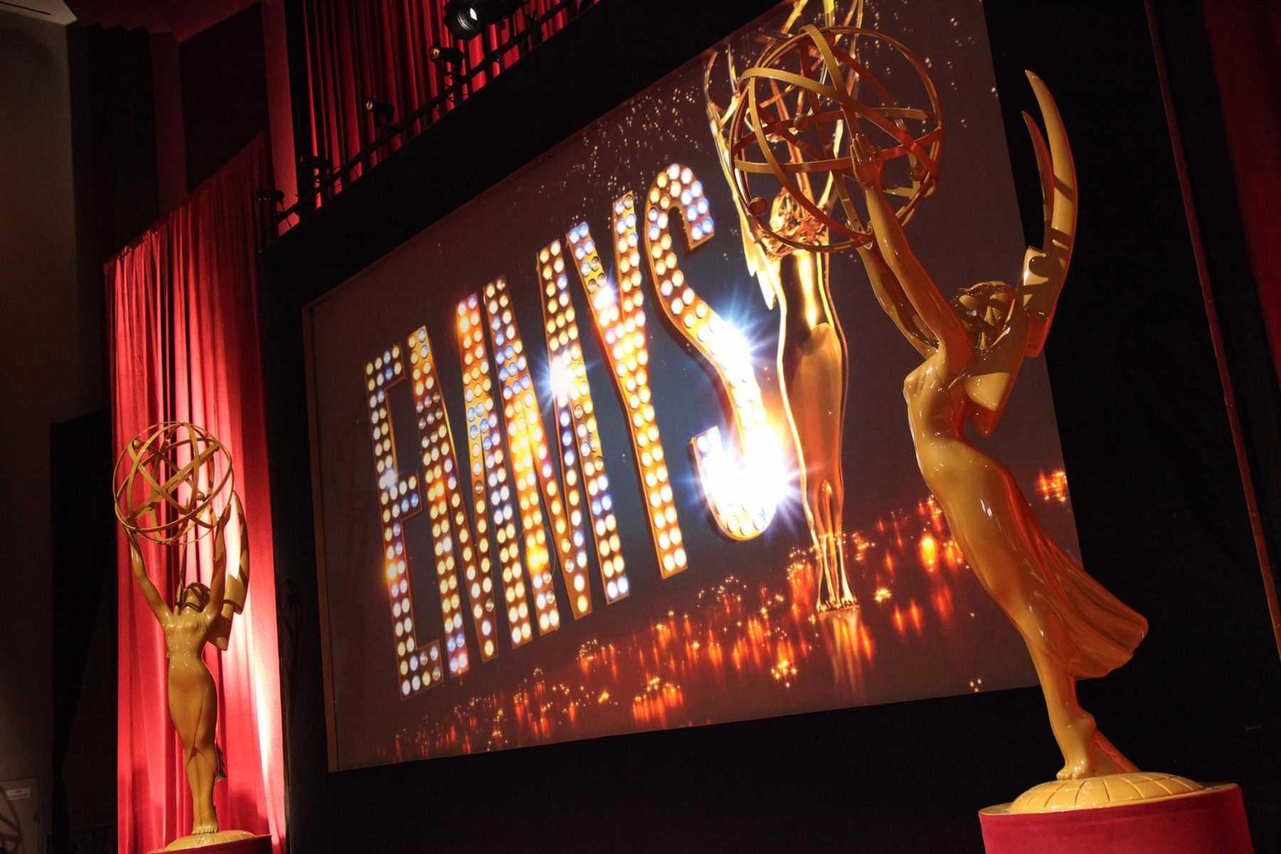 Lễ trao giải Emmy: Vợ cũ Tom Cruise và HBO đại thắng - 2
