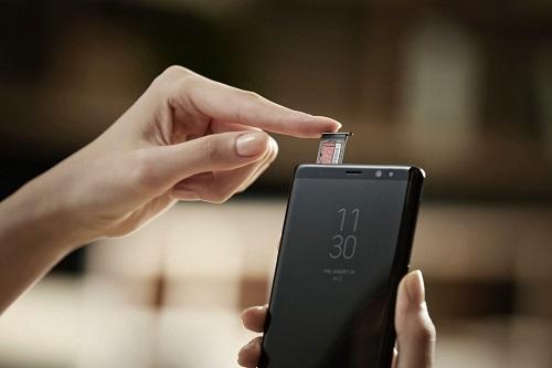 """8 tính năng trên Galaxy Note 8 mà iPhone """"mơ ước"""" - 1"""