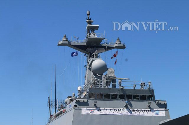 """Ngắm độ """"khủng"""" của chiến hạm Hải quân Hàn Quốc ở cảng Tiên Sa - 2"""