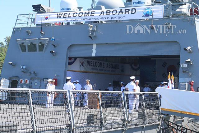 """Ngắm độ """"khủng"""" của chiến hạm Hải quân Hàn Quốc ở cảng Tiên Sa - 8"""