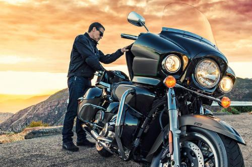 Top 10 môtô hành trình tốt nhất, đắt như xe hơi - 5