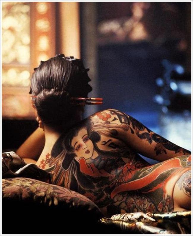 Xăm hình là phương pháp tô điểm cho làn da trở nên ấn tượng.