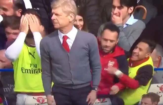 """Arsenal bất ổn: Sanchez cười nhạo vì Lacazette """"chân gỗ"""" - 2"""