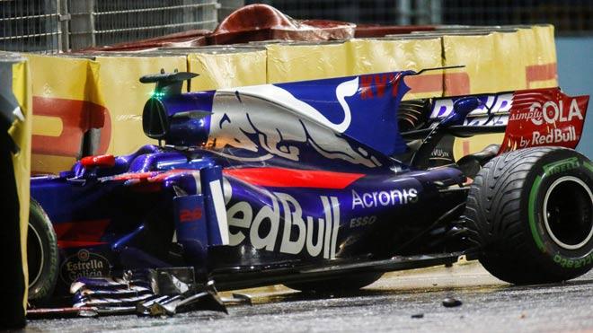 """Đua xe F1, Singapore GP: """"Ngựa chiến"""" tự sát, """"Mũi tên bạc"""" chạm vinh quang - 2"""