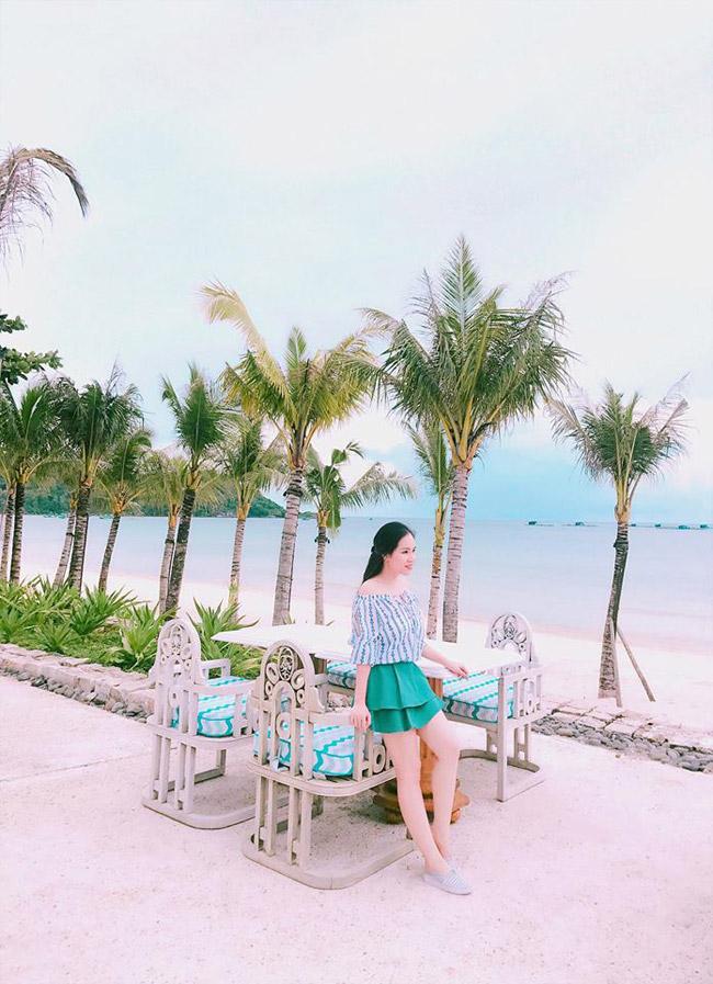 Nhân dịp sinh nhật của mình 16/9, nữ diễn viên hài Trương Phương liên tục chia sẻ những hình ảnh đi nghỉ dưỡng sang chảnh, khiến công chúng ngưỡng mộ.