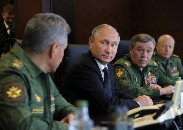Ông Putin thị sát cuộc tập trận lớn nhất trong nhiều năm - 6