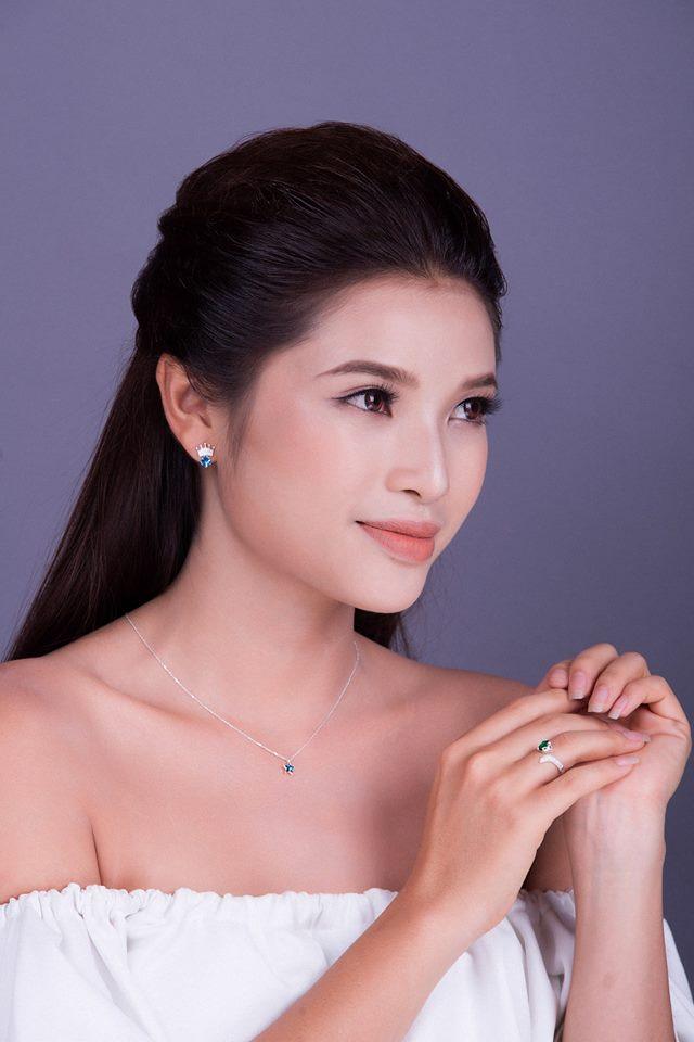"""Tiếc nuối """"mỹ nữ phồn thực Nha Trang"""" liên tục lỡ làng với hoa hậu - 10"""