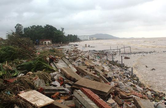 Thanh Hóa phản hồi về thiệt hại 1.000 tỉ đồng trong bão số 10 - 1