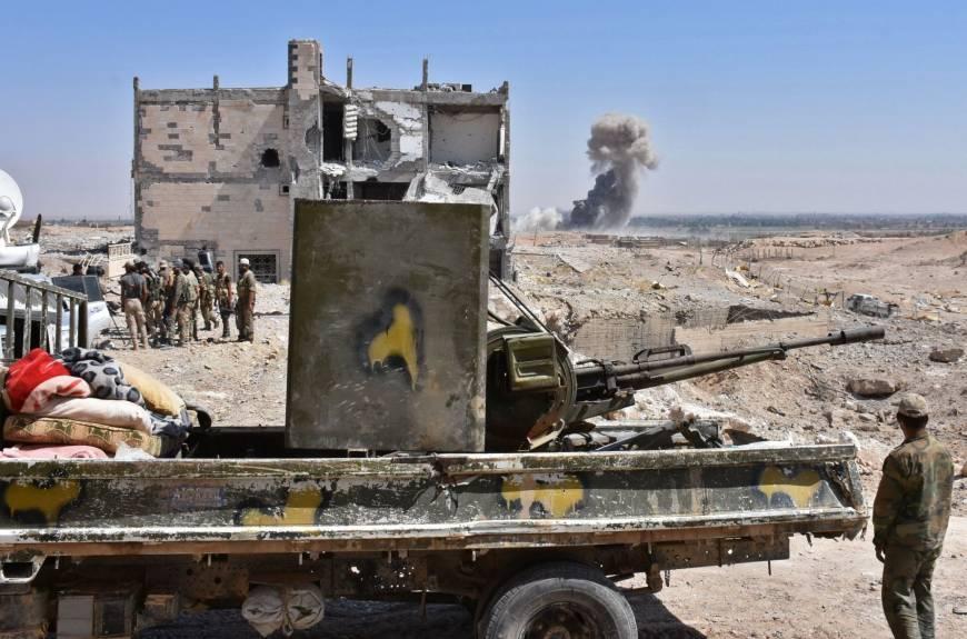 Chiến đấu cơ Nga thổi bay khủng bố IS dọc bờ sông Syria - 1