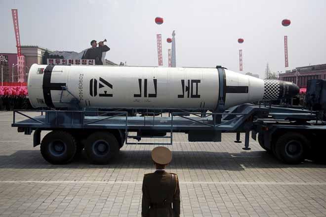 Triều Tiên sắp có tàu ngầm hạt nhân hủy diệt đầu tiên? - 2