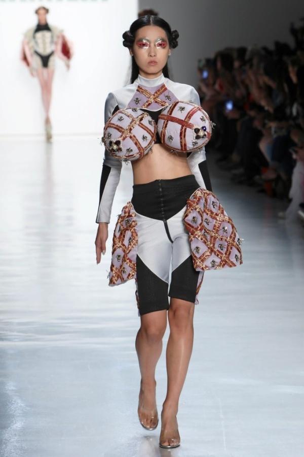 Những chiếc áo lót siêu kỳ dị đố ai dám liều mặc - 5