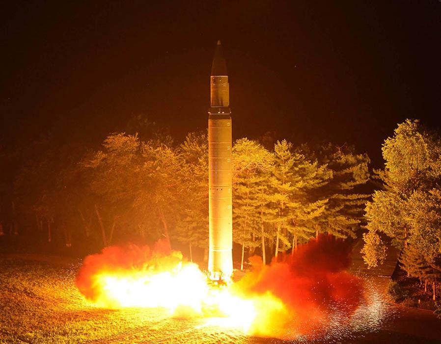 """Nhiên liệu """"nọc độc của quỷ"""" giúp Triều Tiên phóng tên lửa đến Mỹ? - 2"""