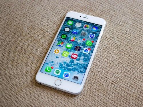 """iPhone X sắp """"lên kệ"""", iPhone 6s vẫn rất """"chát"""" - 1"""