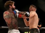 """MMA: Võ sỹ """"xăm trổ hổ báo"""" tung 2 đòn, đối thủ đã """"hít oxy"""""""