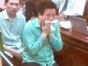 """Hà Văn Thắm rơi lệ sau """"lời tâm huyết"""" của cấp dưới"""