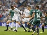 """Ronaldo tái xuất dứt điểm 12 ăn 0: Quá đen hay quá """"cùn"""""""