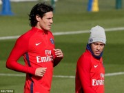 """Neymar và Cavani căng thẳng trên sân tập: PSG phải """"trảm"""" 1 người?"""