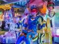 Cận cảnh nhà hàng Robot khêu gợi ở phố đèn đỏ Tokyo