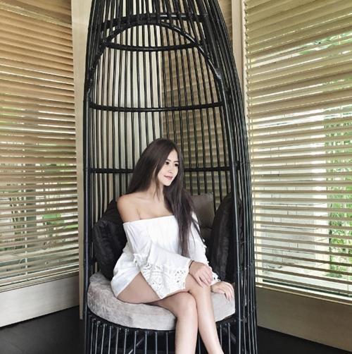 Top 5 cô gái vừa qua tuổi trăng tròn sexy bậc nhất đảo quốc Sư Tử Singapore - 7