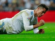 """Ronaldo sút 6 vào 0: Ác mộng cột dọc & thảm họa """"chân gỗ"""""""