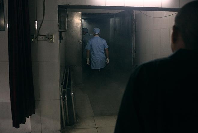 Tận mắt xem chuyên gia trang điểm cho tử thi - 3