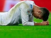 """Ronaldo ở Real: Sút 18 ăn 0 quên cách ghi bàn, phải giở """"trò bẩn"""""""