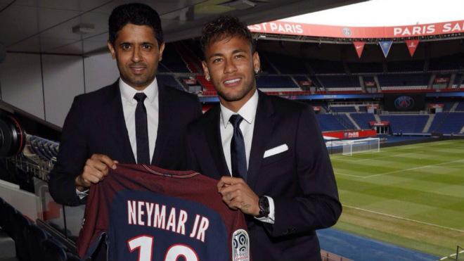 """PSG trả gần 3 tỷ đồng/ngày cho Neymar: """"Máy chém"""" chờ Cavani - 1"""
