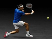 """Clip hot tennis: Federer biến """"rác"""" thành kiệt tác"""