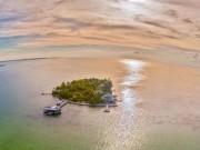 Đến ngay hòn đảo này, để thấy kỳ nghỉ của sao hạng A sang chảnh thế nào