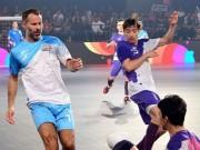 """Đội Giggs đại thắng 10 bàn, SAO futsal Việt """"nã đạn"""" góp vui"""