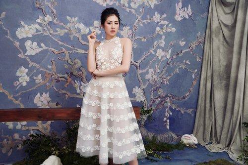 """""""Bạn gái Noo Phước Thịnh"""" diện váy mỏng tang đẹp như nàng thơ - 2"""