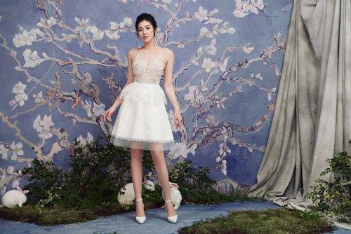 """""""Bạn gái Noo Phước Thịnh"""" diện váy mỏng tang đẹp như nàng thơ - 8"""