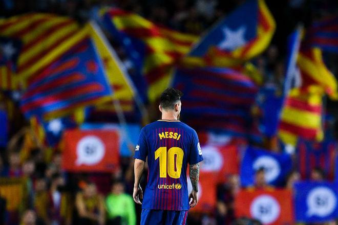 Barca có thể đấu MU, Chelsea ở… giải Ngoại hạng Anh - 2