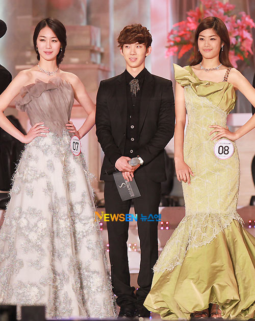 Lộ diện siêu mẫu Vàng Hàn Quốc 2010 - 10