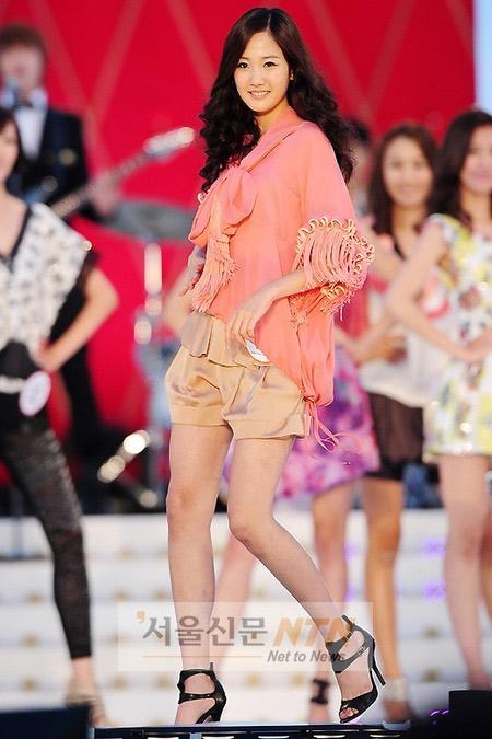 Lộ diện siêu mẫu Vàng Hàn Quốc 2010 - 15