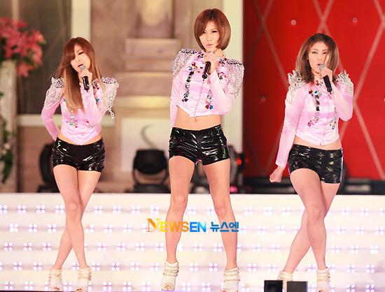Lộ diện siêu mẫu Vàng Hàn Quốc 2010 - 7