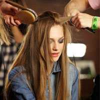 Video làm đẹp: Ép thẳng tóc xoăn