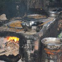 Kinh hoàng sản xuất chuối sấy, nui sấy