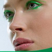Video làm đẹp: Trang điểm cho đôi mắt màu xanh rêu